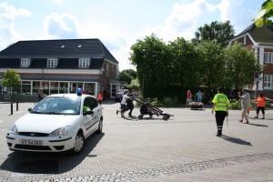 Jeannette på vagt for ordenskorpset - Ordenskorpset låner ofte køretøjer af politiet